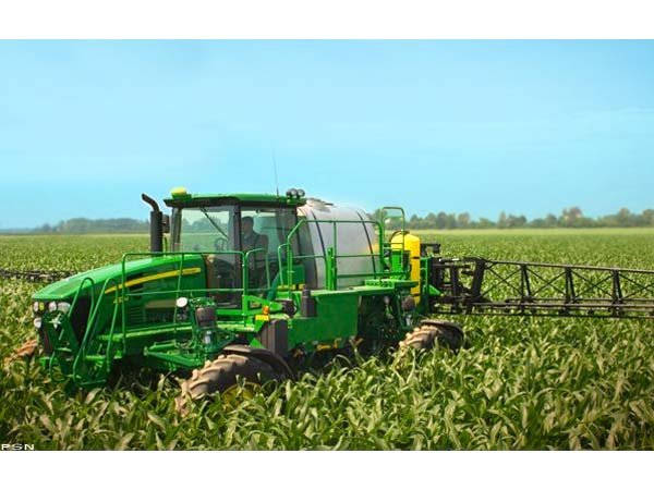 John Deere 4730 Sprayer